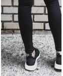 adidas   (Sneakers)