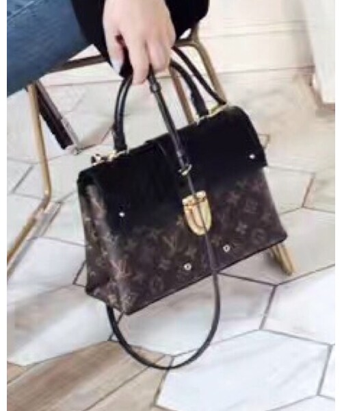LOUIS VUITTON「Shoulderbag」