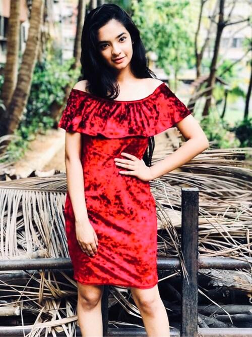Anushka Sen is wearing FOREVER 21