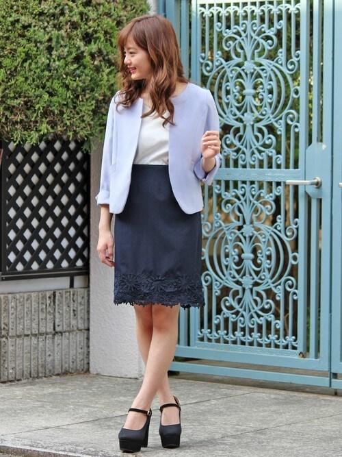 女性のビジネスカジュアル王道コーデ4:ジャケット×スカート