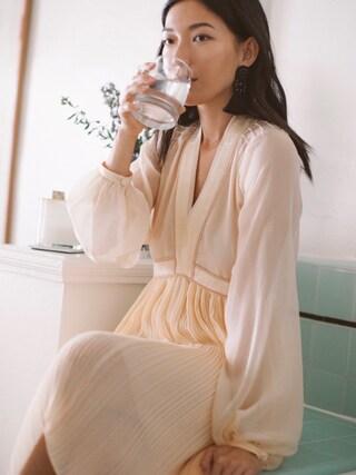 「Chloé - Plissé Silk-georgette Mini Dress - Blush(Chloe)」 using this Stephanie Liu  looks