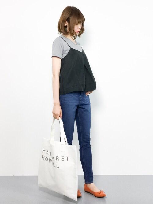 miyaseさんの「GENERALVネックTシャツ#(JOURNAL STANDARD)」を使ったコーディネート