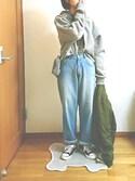 ばな奈さんの「ボーイズデニムパンツ585-2527(merlot メルロー)」を使ったコーディネート