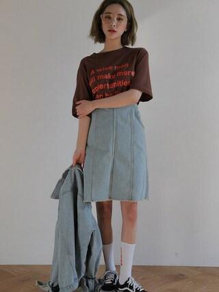 STYLENANDA|STYLENANDAさんの「フリンジカットステッチストレッチスカート(STYLENANDA|スタイルナンダ)」を使ったコーディネート