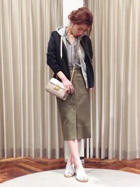●ROSSO|nariさんのスカート「ROSSO ポケットタイトスカート(URBAN RESEARCH ROSSO|アーバンリサーチ ロッソ)」を使ったコーディネート