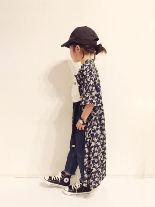 yuuunaさんの「ロゴ刺繍加工CAP(AZUL by moussy)」を使ったコーディネート