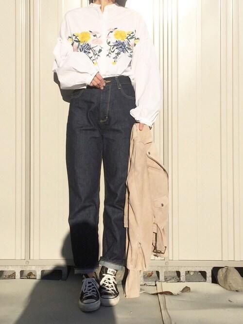k c o ◡̈♥︎さんの「フラワー刺繍シャツ(ZARA)」を使ったコーディネート