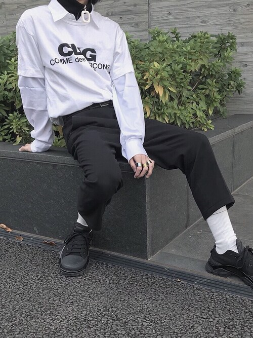 (COMME des GARCONS) using this chi looks