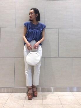 MAISON DE REEFUR タカシマヤ ゲートタワーモール店|shiori yokoiさんのシャツ/ブラウス「ギャザー スリーブレス ブラウス(MAISON DE REEFUR|メゾンドリーファー)」を使ったコーディネート