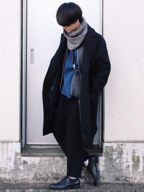 げんじ使用「LIDnM(エアーメルトンオーバーコート)」的時尚穿搭