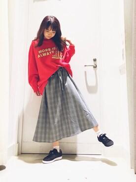 Yuko Ogawaさんの「【藤田ニコルさん着用】リメイク風裏毛プルオーバー(NiCORON)」を使ったコーディネート
