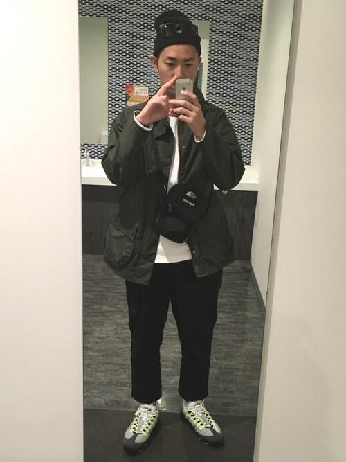 Yujiro|Supreme のショルダーバッグを使ったコーディネート WEAR