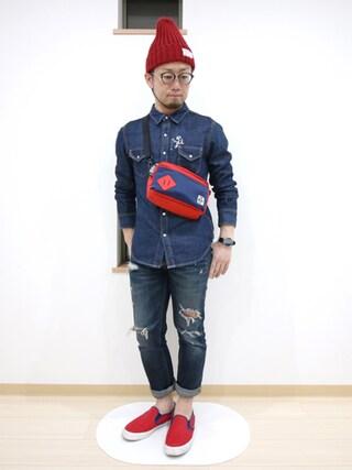カトウトモタカさんの「N by nusy ピーナッツ君の刺しゅう入りデニムシャツ(nusy ヌージー)」を使ったコーディネート