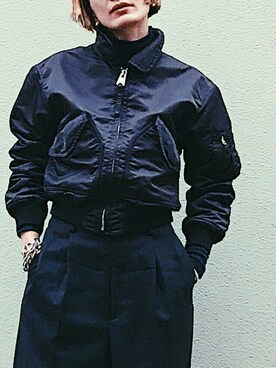 Noriko Kikuchiさんの「MILITARY FLYGHT JACKET ミリタリーフライトジャケット(HOLIDAY|ホリデイ)」を使ったコーディネート