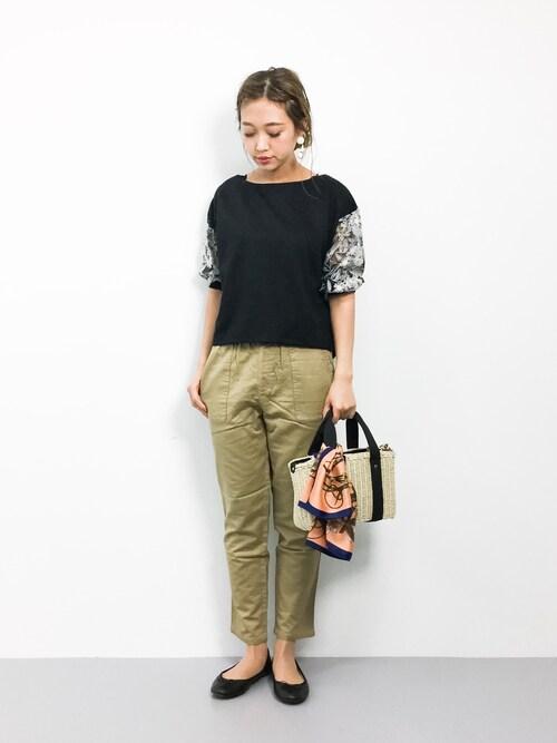 teraさんの「袖刺繍プルオーバー(PAGEBOY)」を使ったコーディネート
