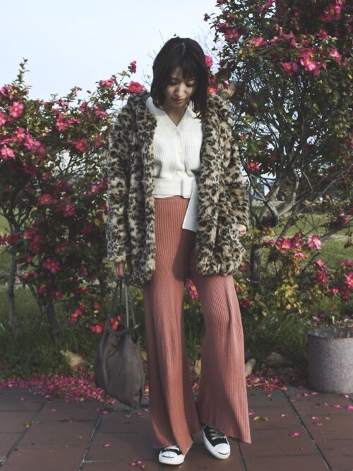 ヤマサキ サオリさんの「レオパードファーコート(Lily Brown)」を使ったコーディネート
