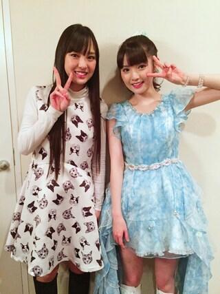 飯窪春菜さんの「裾レースプチネックロングTシャツ(MIIA|ミーア)」を使ったコーディネート