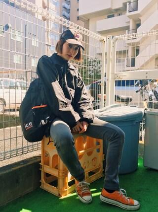 梅村奈央さんの「ACNE SKIN 5 USED スキニーデニムパンツ(Edition|エディション)」を使ったコーディネート