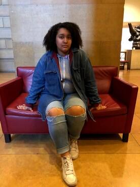 """Maya Robinson is wearing VANS """"Vans Sk8-Hi Reissue Leather Sneaker"""""""