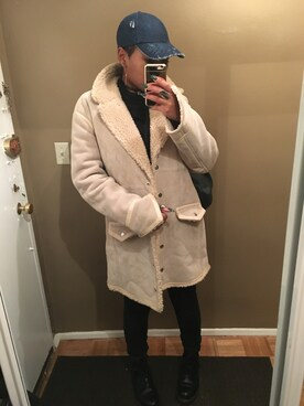 (Dr. Martens) using this Basia looks