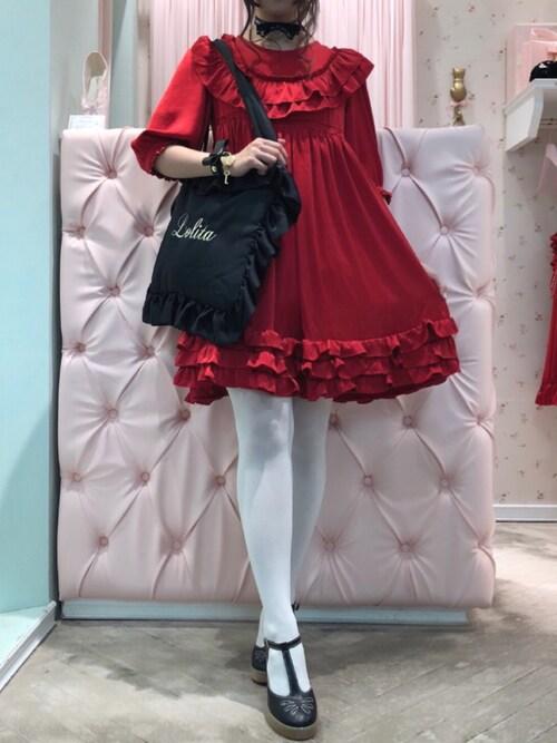RoseMarie seoir officialさんの「フリルピローバッグ(LOLITA刺繍)(RoseMarie seoir)」を使ったコーディネート