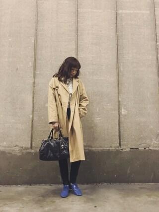 勝田里奈さんの「オックスフリルシャツ(merry jenny|メリージェニー)」を使ったコーディネート