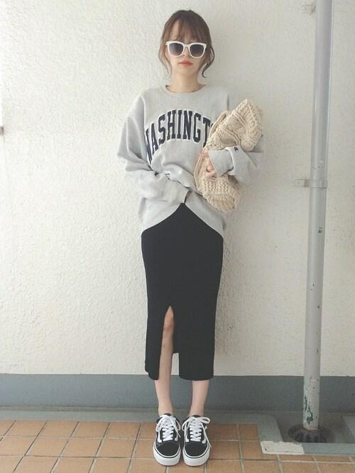 コマさんさんの「WOMEN メリノブレンドリブスカート(ユニクロ)」を使ったコーディネート