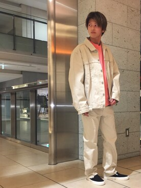 モンキータイム ビューティ&ユース ユナイテッドアローズ 原宿店 Takumi Shimooさんのスニーカー「ヴァンズ(VANS バンズ)」を使ったコーディネート