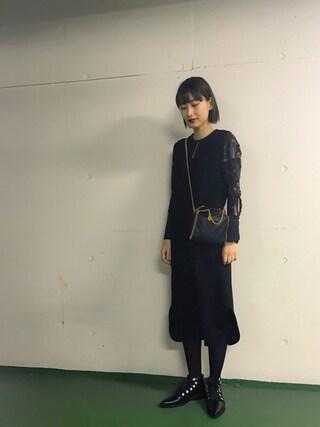 潮田あかりさんの「mame 刺繍スリーブサイドスリットワンピース(mame|マメ)」を使ったコーディネート