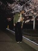 潮田あかりさんの「ダブルクロスワイドパンツ(ADAM ET ROPE'|アダム エ ロペ)」を使ったコーディネート