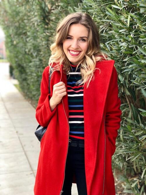 Morgan Hannah Barker is wearing OLD NAVY