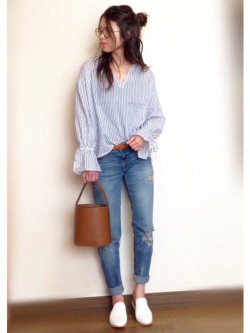 抜き襟のシャツのおすすめコーデ・ブランド・インナー