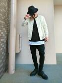 キトモ is wearing UNITED ARROWS