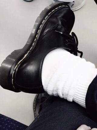 nookさんの「靴下屋/ 1×1リブMIX ルーズハイソックス(靴下屋|クツシタヤ)」を使ったコーディネート