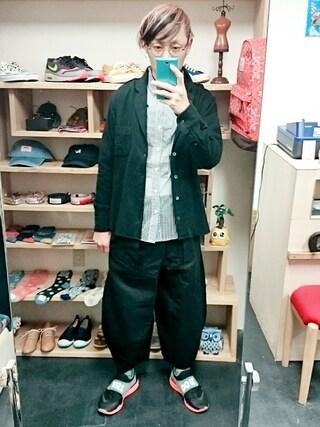 OWL|yusuke さんの「チェック&ストライプ ドレスシャツ(ユニセックス)(STORES.jp|ストアーズドットジェーピー)」を使ったコーディネート