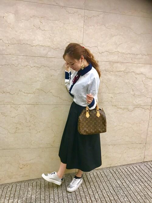 151rrr_rrrchan使用「grl(リボンタイ付配色シャツ)」的時尚穿搭