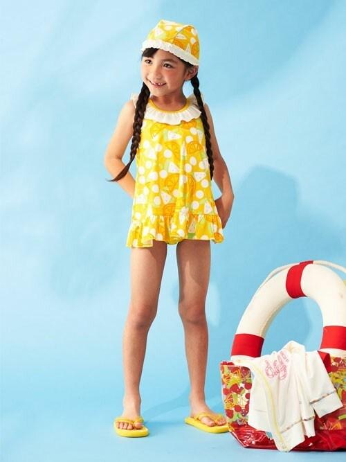 F.O.OnlineStoreさんの「女の子フルーツ柄ワンピース水着(Ampersand)」を使ったコーディネート