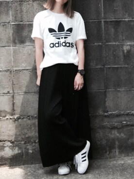 NORIKOさんの「オリジナルス Tシャツ[BERMUDA L TEE](adidas)」を使ったコーディネート