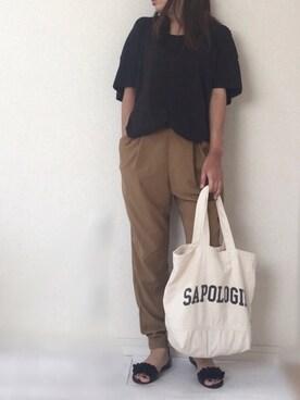 Ayako  さんの「バックボリュームTee(Ungrid|アングリッド)」を使ったコーディネート