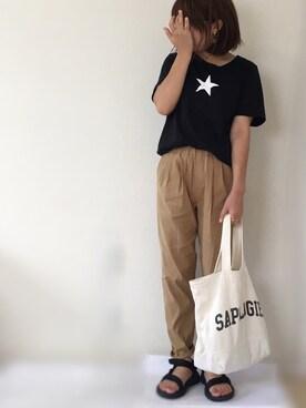 Ayako  さんの「グラフィックスターTシャツ(earth music&ecology|アースミュージックアンドエコロジー)」を使ったコーディネート