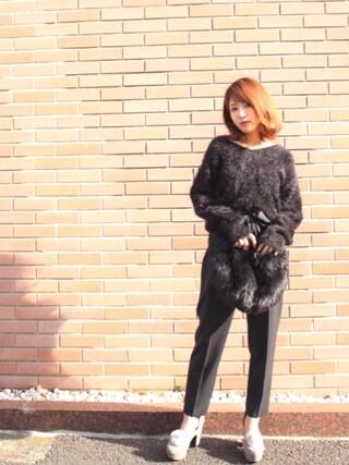 舟山久美子♡くみっきーさんの「バックリボンシャギーニット(MICOAMERI|ミコアメリ)」を使ったコーディネート