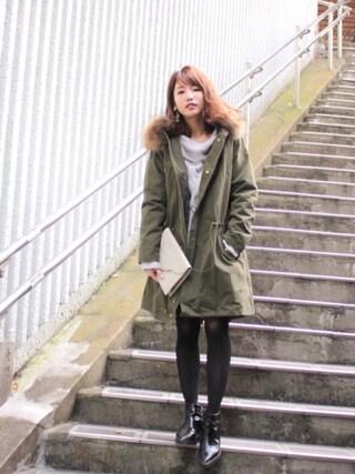 舟山久美子♡くみっきーさんの「オフショルケーブルニットワンピ(MICOAMERI|ミコアメリ)」を使ったコーディネート