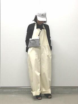 mika tamuraさんの「チノ サロペット(JOURNAL STANDARD)」を使ったコーディネート