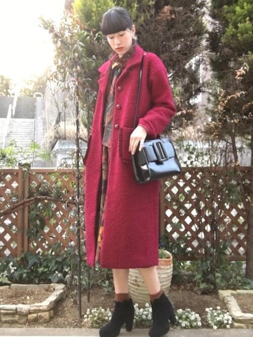 ハヤシ アンナさんの「フリルポケットコート(merry jenny)」を使ったコーディネート