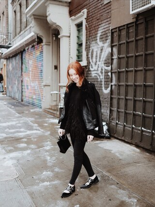 「Elizabeth and James Feather-trimmed cotton-blend sweater(Elizabeth and James)」 using this Maddie Greer looks