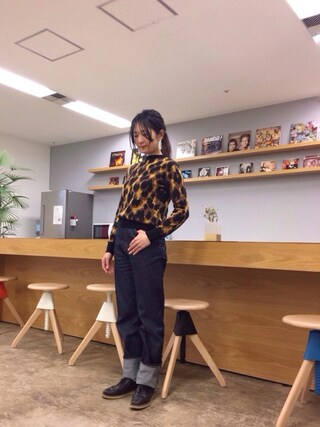 「LEOPARD JACQUARD ROUND NECK KNIT TOP(G.V.G.V.)」 using this pinoko looks