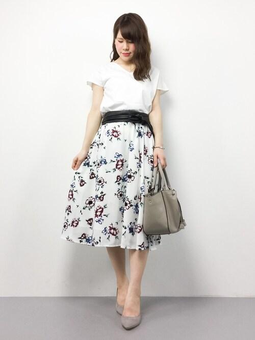 natsumiさんの「【2017SS先行予約】2WAY コットンフレンチTシャツ(ADAM ET ROPE')」を使ったコーディネート