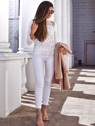 「Paige Denim 'Verdugo' Ankle Skinny Jeans (Ultra White)(Paige Denim)」 using this Adelina Perrin  looks