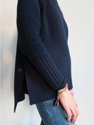 Littleblack|LITTLEBLACKさんの「サイドスリットボタンポイントタートルネックニットセーター」を使ったコーディネート