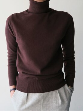 LITTLEBLACKさんの「ハイゲージニットタートルネックベーシックセーター」を使ったコーディネート
